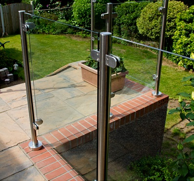 Glass balustrade installation in cwmbran south wales for Garden decking glass panels