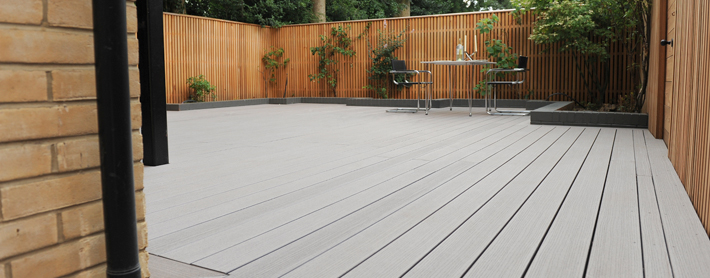 Plastic decking why it may not be the best choice for for Plastic garden decking