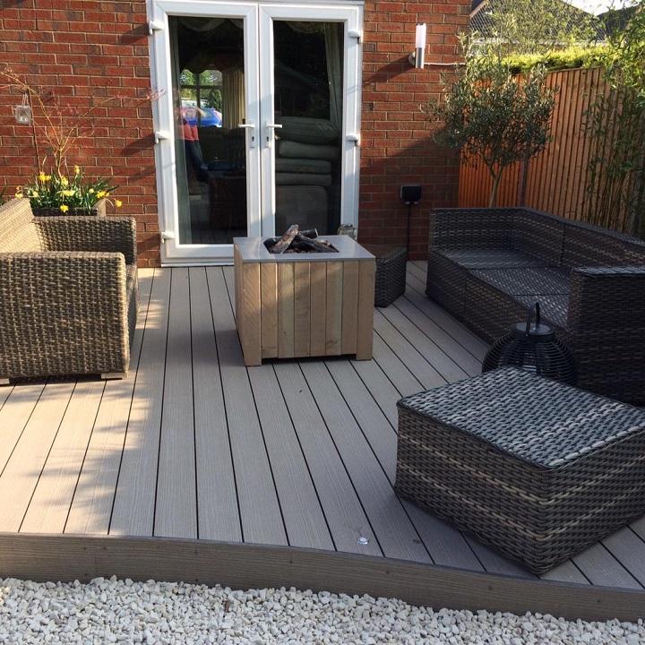 Summer deck area