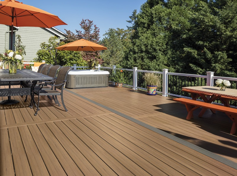 Does Composite Decking Get Hot in the Summer?