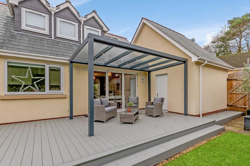 Grey deck with veranda