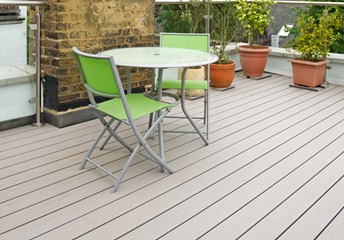 Decking Ideas For Small Gardens