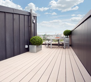 Cardiff Pointe Decking Image 4