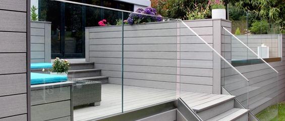Frameless Glass Steps