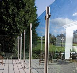 Glass Balustrade No Handrail Detailing